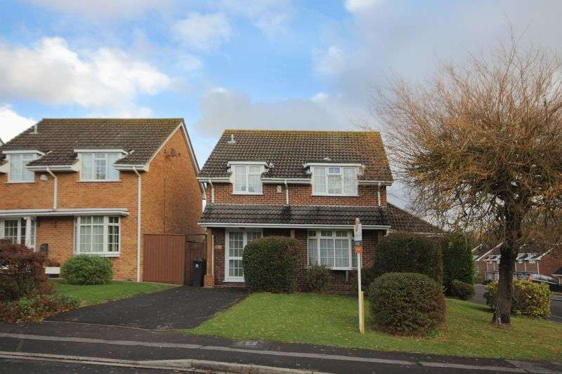 4 Bedrooms Detached House for sale in Bute Drive, Christchurch