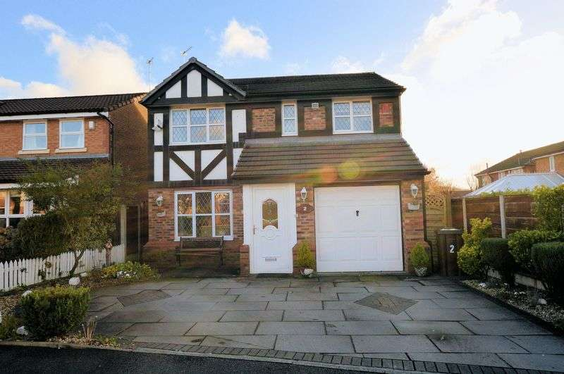 4 Bedrooms Detached House for sale in Waterside Close, Manchester