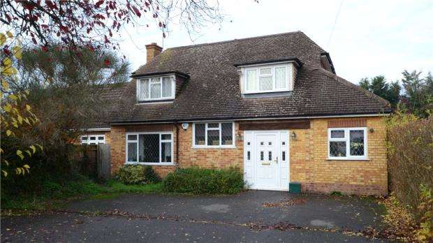 4 Bedrooms Detached House for sale in Hendons Way, Holyport, Maidenhead