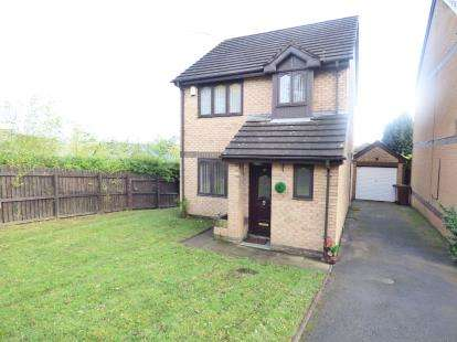 3 Bedrooms Detached House for sale in The Ridings, Burnley, Lancashire