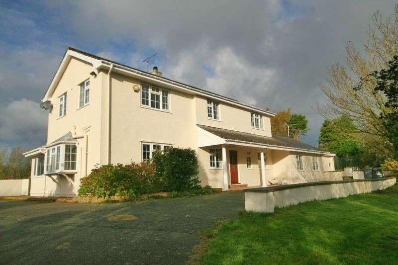 4 Bedrooms Detached House for sale in Elim, Llanddeusant, Anglesey