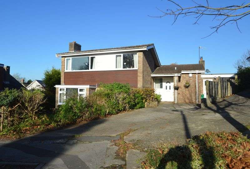 4 Bedrooms Detached House for sale in Hollowmead Close, Claverham