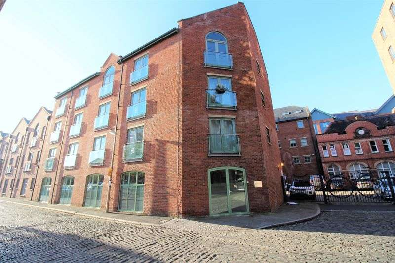 2 Bedrooms Flat for sale in Granary Wharf, Steam Mill Street, Chester