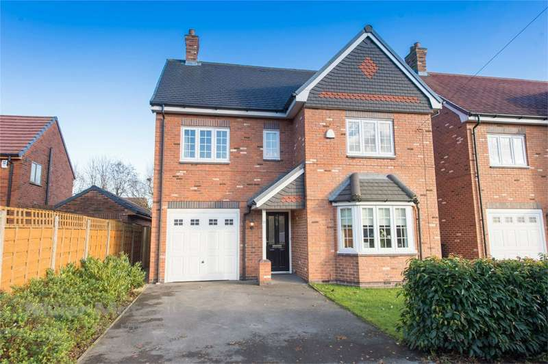 4 Bedrooms Detached House for sale in Hand Lane, Pennington, Leigh, Lancashire