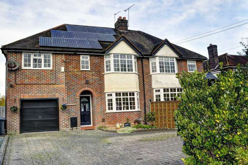 4 Bedrooms Semi Detached House for sale in Cryers Hill Road, Cryers Hill