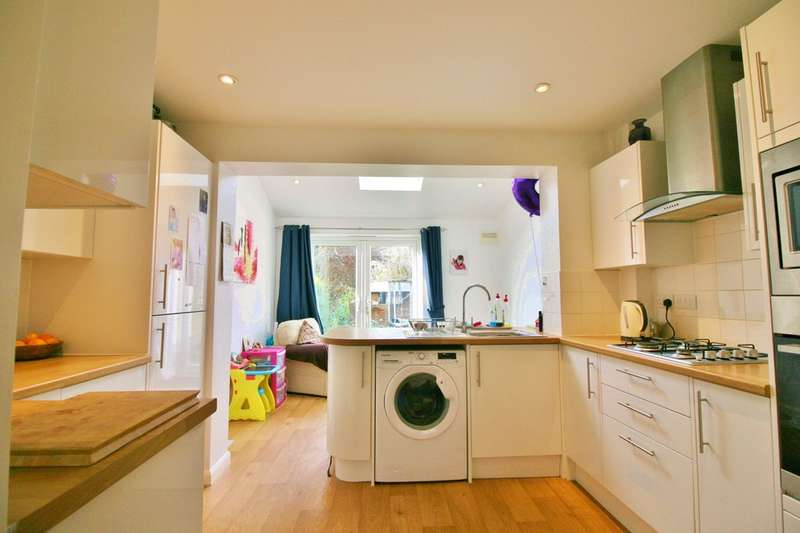 2 Bedrooms Terraced House for sale in Chamberlain Place, Kidlington