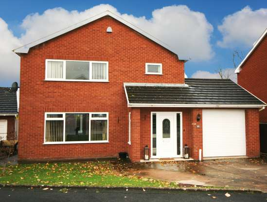 4 Bedrooms Detached House for sale in Bryn Coed, St Asaph, Clwyd, LL17 0DQ