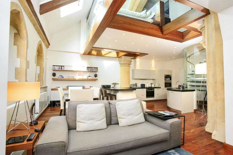 2 Bedrooms Flat for sale in Kew Road, Richmond, TW9