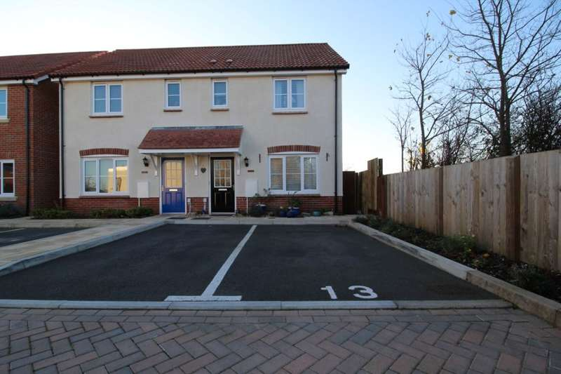 3 Bedrooms Property for sale in Lower Three Acres, Cranbrook, Exeter, EX5