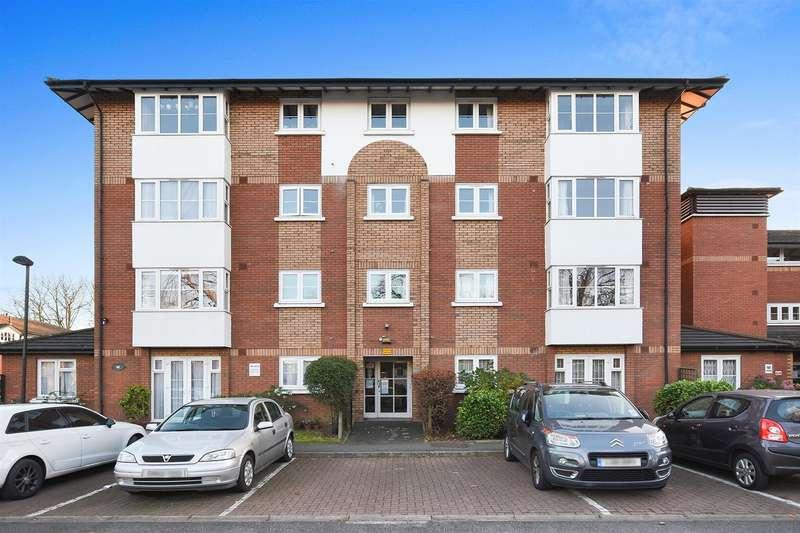 1 Bedroom Flat for sale in Beechwood Grove, London W3
