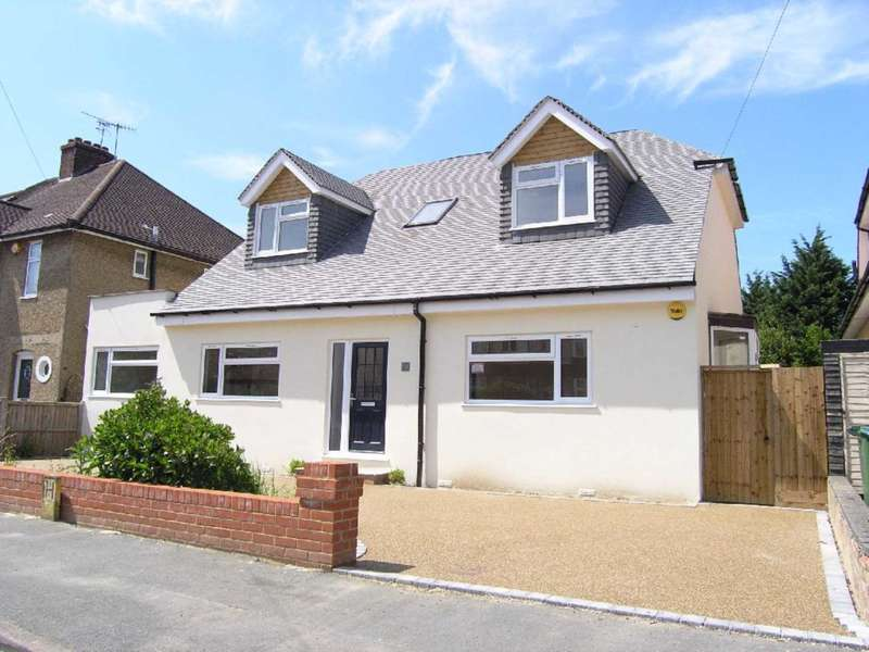 5 Bedrooms Detached House for sale in Sherwoods Road, Watford Heath