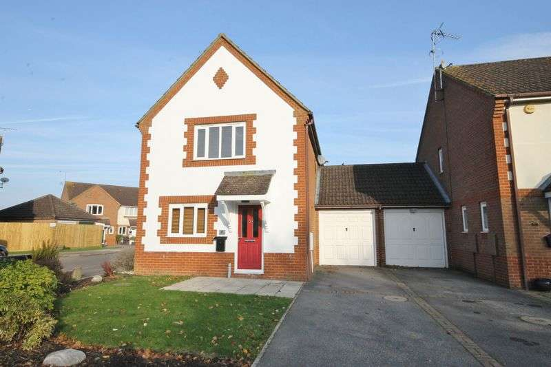 3 Bedrooms Detached House for sale in Saxby Road, Burgess Hill, West Sussex