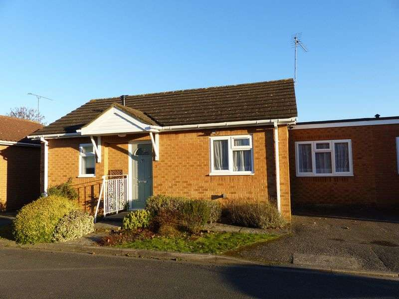 2 Bedrooms Bungalow for sale in COOKHAM