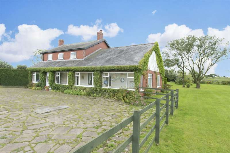 6 Bedrooms Detached House for sale in Bolton Road, Withnell, Chorley, Lancashire