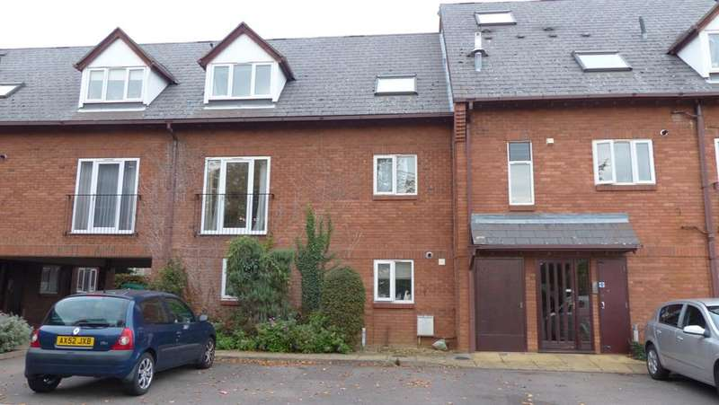 2 Bedrooms Flat for sale in Sherwood Avenue, Peterborough, PE2