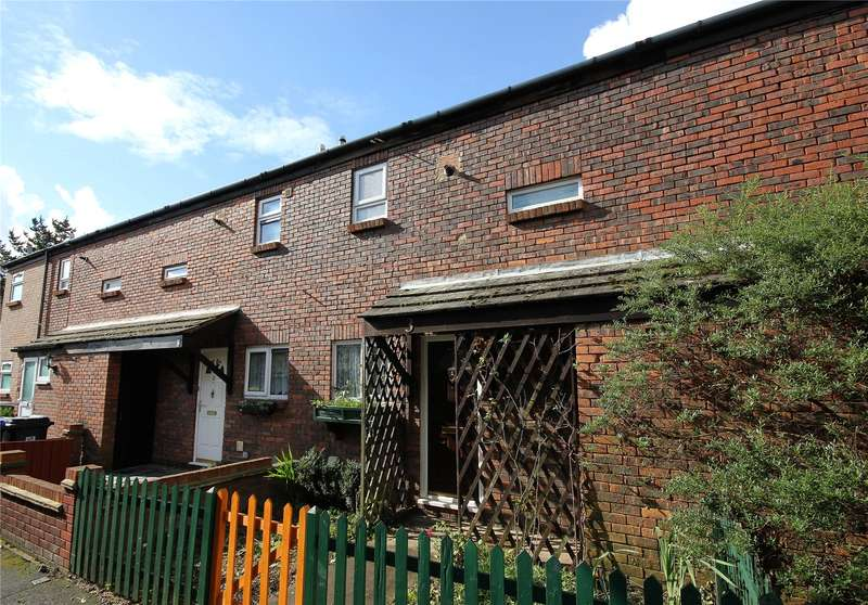 2 Bedrooms Terraced House for sale in Goldfort Walk, Woking, Surrey, GU21
