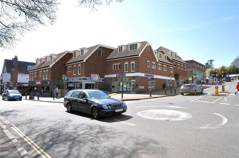 2 Bedrooms Flat for sale in Unit 5 Hampden Place, Station Approach, Great Missenden, Buckinghamshire, HP16