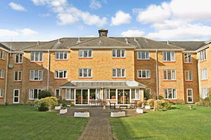 1 Bedroom Retirement Property for sale in Cryspen Court, Bury St. Edmunds, IP33 1EP