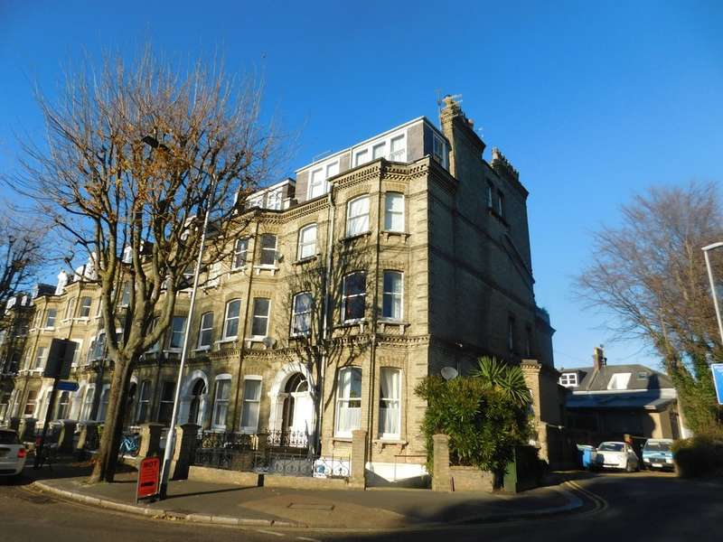 3 Bedrooms Flat for sale in Cromwell Road, Hove