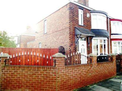 3 Bedrooms Semi Detached House for sale in Rochester Road, Middlesbrough