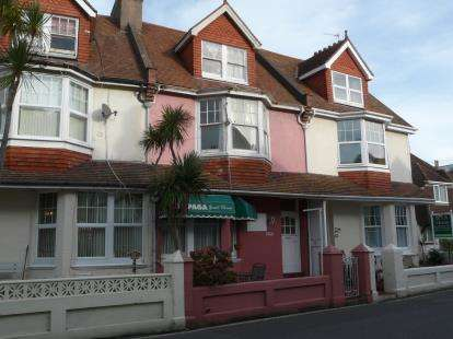 7 Bedrooms Terraced House for sale in Paignton, Devon