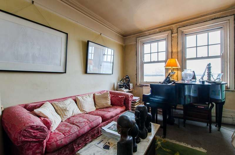3 Bedrooms Flat for sale in Canterbury Crescent, Brixton, SW9