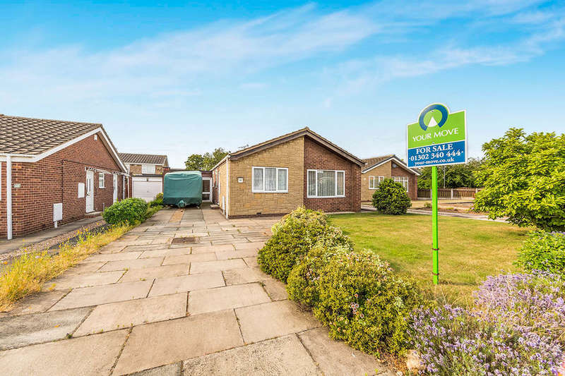 2 Bedrooms Detached Bungalow for sale in Hindburn Close, Bessacarr, Doncaster, DN4