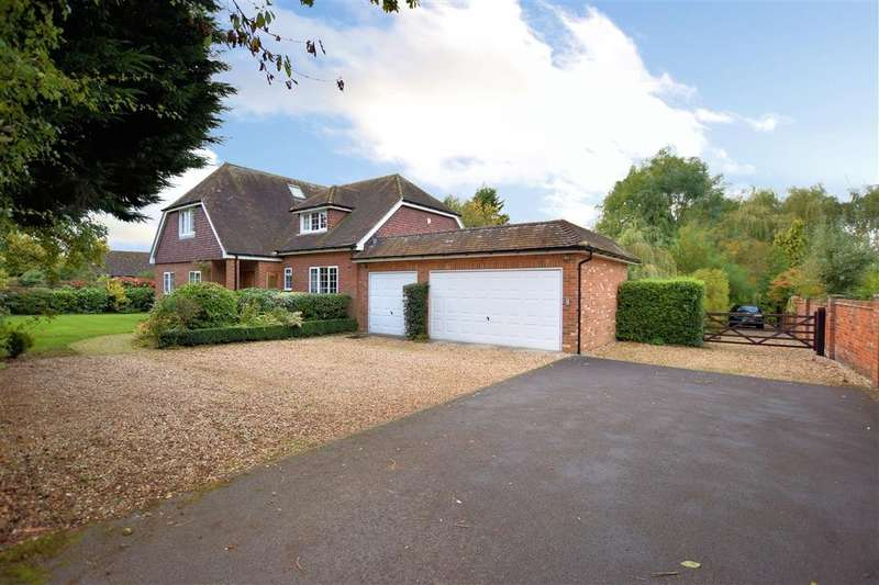 4 Bedrooms Detached House for sale in Swallowfield Road, Arborfield, Reading, RG2