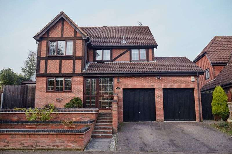 4 Bedrooms Detached House for sale in Ashdown, Thorpe Marriott