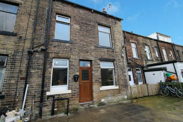2 Bedrooms Terraced House for sale in Back Commercial Street, Todmorden, Lancashire, OL14 5RQ