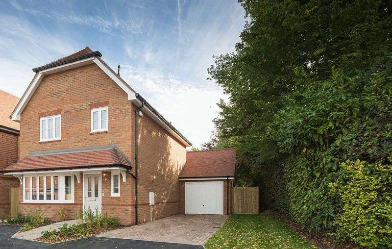 3 Bedrooms Detached House for sale in The Westscott (plot 29), Valeside Keep, Valebridge Road, Burgess Hill