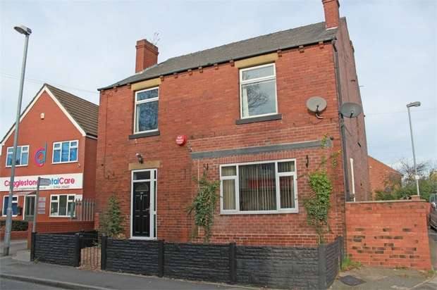 4 Bedrooms Detached House for sale in High Street, Crigglestone, Wakefield, West Yorkshire