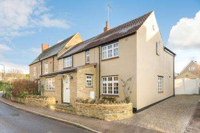 4 Bedrooms Semi Detached House for sale in Castle Road, Lavendon, Olney