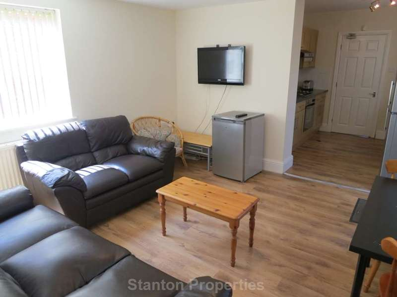 6 Bedrooms Semi Detached House for rent in 80 pppw,Heaton Road, Withington