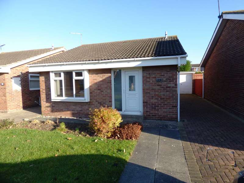 2 Bedrooms Detached Bungalow for sale in Fulmerton Crescent, Redcar