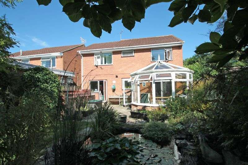 4 Bedrooms Property for sale in Dimmock Close, Paddock Wood