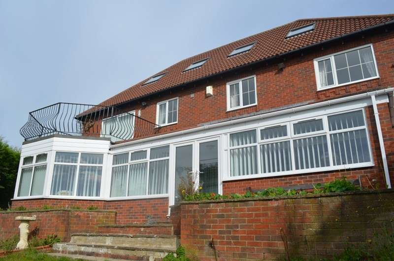 4 Bedrooms Detached House for sale in Valerian Court, Ashington