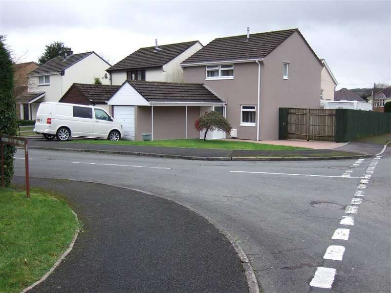 3 Bedrooms Detached House for sale in Ffordd Y Blodau, Llandybie