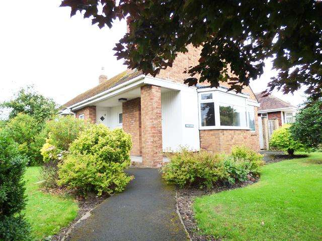 3 Bedrooms Detached House for sale in Rowland Lane, Thornton Cleveleys, Lancashire, FY5 2QU