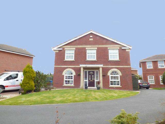 4 Bedrooms Detached House for sale in The Laurels, Poulton Le Fylde, Lancashire, FY6 7HX