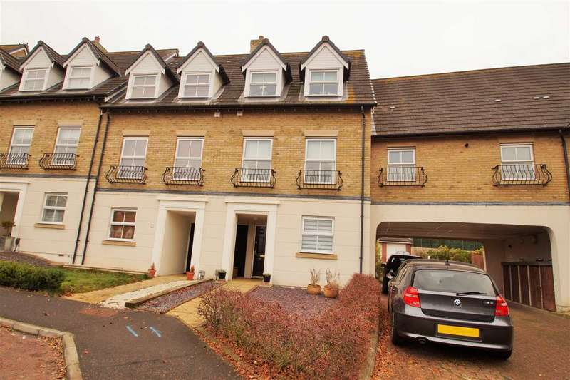 3 Bedrooms End Of Terrace House for sale in Sandmartin Crescent, Stanway, Colchester