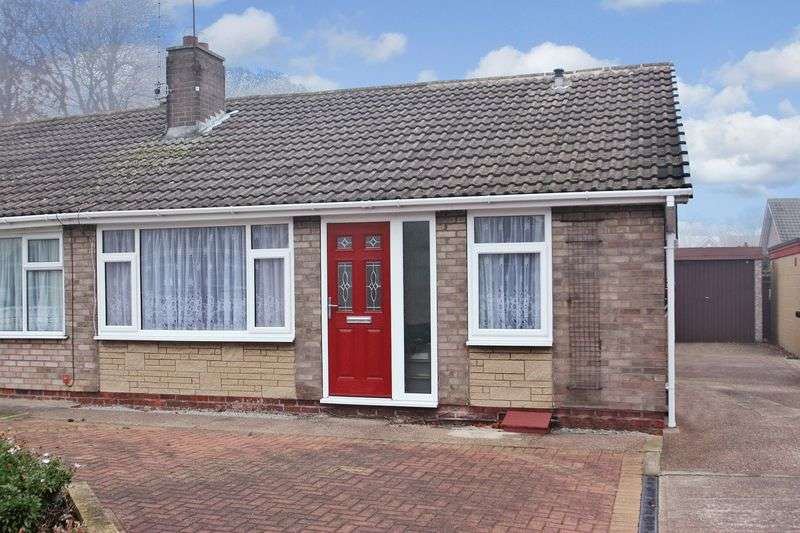 2 Bedrooms Semi Detached Bungalow for sale in Bleasdale Avenue, Knottingley
