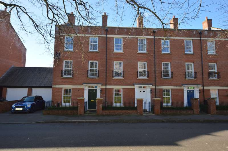 3 Bedrooms Semi Detached House for sale in Masterson Street, Exeter