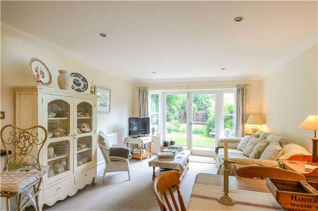 4 Bedrooms Semi Detached House for sale in Restwood Place, Faringdon Road, Southmoor, ABINGDON, OX13 5BW