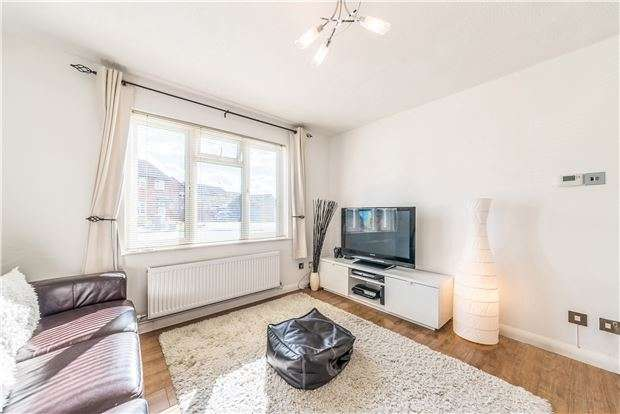 1 Bedroom Semi Detached House for sale in Ethelhelm Close, ABINGDON, Oxfordshire, OX14 2RE