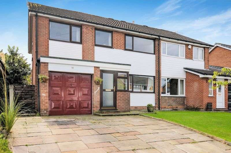 4 Bedrooms Semi Detached House for sale in Haslam Hey Close, Lowercroft, Bury