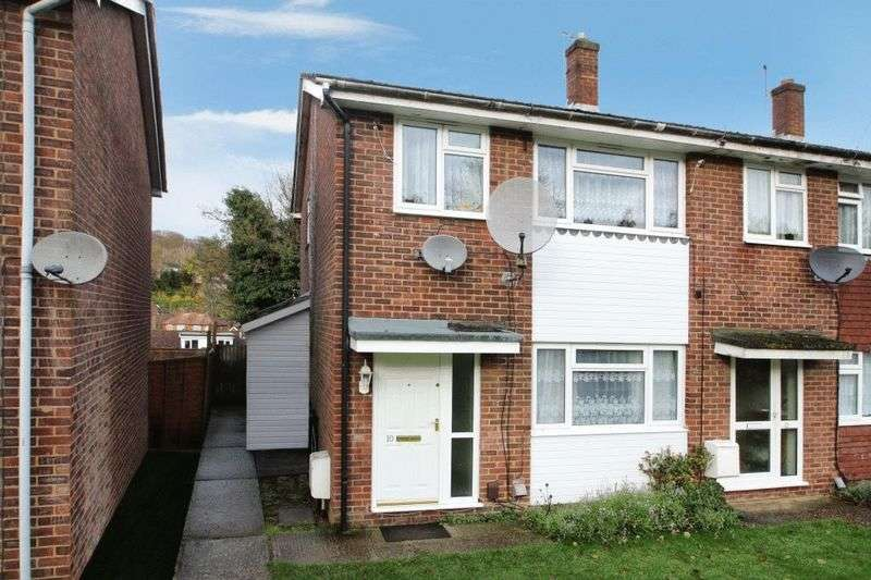 3 Bedrooms House for sale in Bushey Close, High Wycombe
