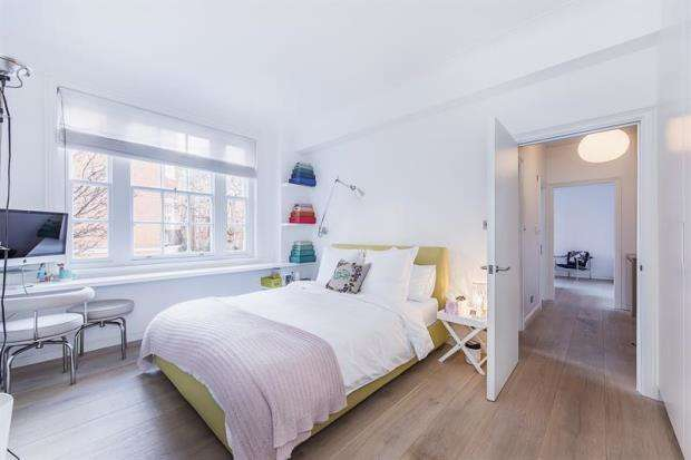 1 Bedroom Apartment Flat for sale in York House, Turks Row, Chelsea, London, SW3