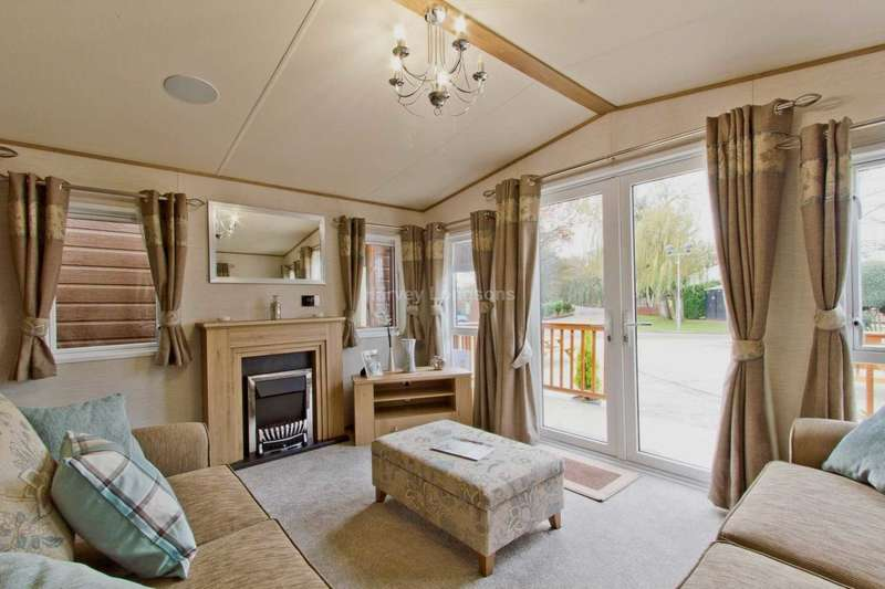 2 Bedrooms Lodge Character Property for sale in Saxmundham, Suffolk