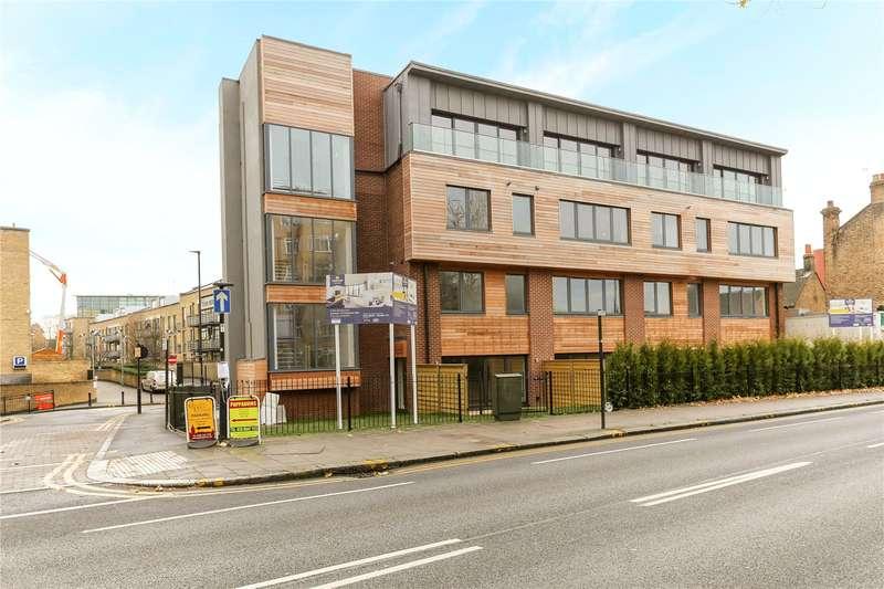 1 Bedroom Flat for sale in 61 High Street, Brentford, TW8